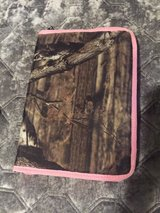 Camo tablet cover w/ pink trim in Kingwood, Texas