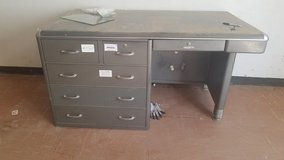 Metal Desk in Alamogordo, New Mexico