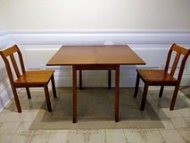 Dining table set (expandable) in New Orleans, Louisiana