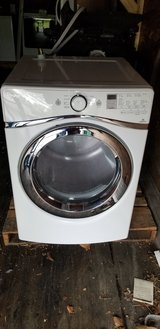 Whirlpool Duet electric dryer with steam in Fort Leonard Wood, Missouri