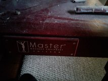 MASSAGE TABLE like new CHERRY WOOD by MASTER in Fort Campbell, Kentucky