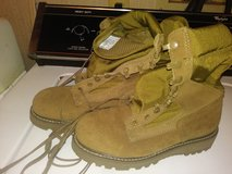 Size 4 combat boots in Fort Campbell, Kentucky