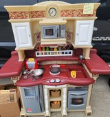 Complete Kitchen play Set in Fort Campbell, Kentucky