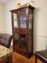 Hutch like new in Fort Campbell, Kentucky