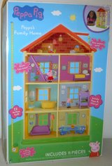 New! Peppa Pig Family Home 11pc Dollhouse Playset in Naperville, Illinois