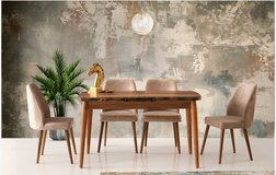 UnitedUnited Furniture - Arte Extension Dining Table + 4 Dallas Cream Chairs including delivery in Hohenfels, Germany