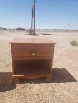 End table/Night Stand in Alamogordo, New Mexico