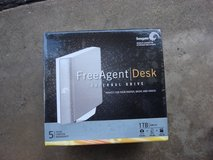 NEW SEAGATE FREE AGENT DESK EXTERNAL DRIVE in Naperville, Illinois