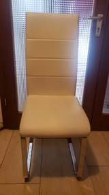 4 dining room chairs in Ramstein, Germany