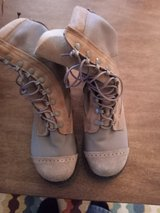 steel toe boots size 6  like new in Alamogordo, New Mexico