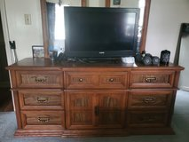 oak dresser in Camp Lejeune, North Carolina