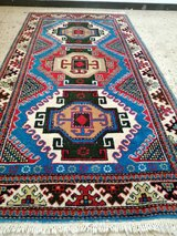 Antique hand-knotted Persian RUG carpet oriental design 170 x 90 cm - approx. 67 x 35 inches. in Wiesbaden, GE