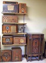 """WANTED: cool looking old radio""""S /or Boomboxes in Naperville, Illinois"""