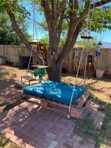 Upcycled Pallet swing in Alamogordo, New Mexico