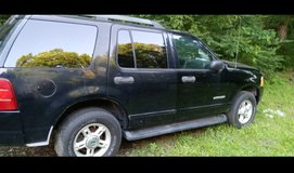 2005 Ford explorer in Cherry Point, North Carolina