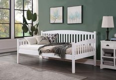 Our Way Furniture Caryn daybed in Camp Pendleton, California