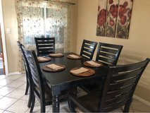 Dining Table Set for 6 in Miramar, California