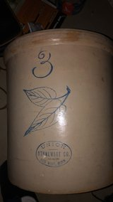Red Wing Birch Leaf Stoneware Crock in Bolingbrook, Illinois