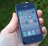 iPhone 4S in excellent working condition, unlocked in St. Charles, Illinois