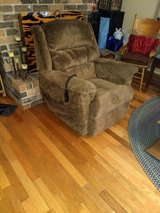 Lazy boy lift recliner w/heat and massage. in Conroe, Texas