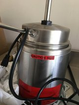 Hot fudge warmer like new (commercial) in Naperville, Illinois