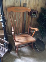 Multiple furniture pieces must go in Conroe, Texas