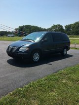 2007 Chrysler town and country in Rolla, Missouri
