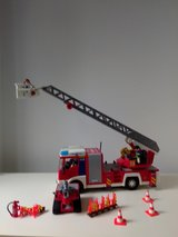 Playmobil fire ladder unit multi with rescue crew, small fireauto and many extras in Stuttgart, GE