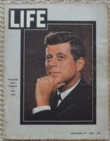 REDUCED Collectable LIFE Magazines in 29 Palms, California