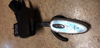 FREE: Jabra on ear headset and charger - please read in Bolingbrook, Illinois