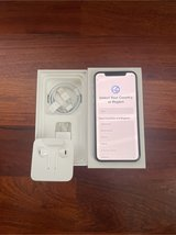 Unlocked iPhone XS 258GB Silver in good condition in Okinawa, Japan