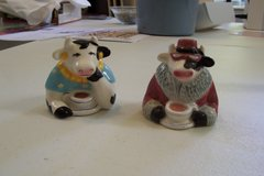 Cow salt and pepper shakers in Conroe, Texas