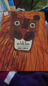 1,2,3 To THE ZOO from ERIC CARLE - NEW BOOK in Ramstein, Germany