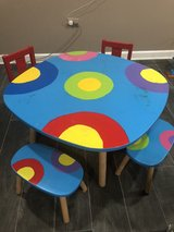 Kid's Art Table, 2x chairs and 2x stools in Joliet, Illinois