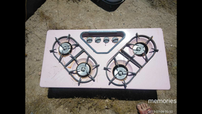 Vintage pink oven and cooktop in 29 Palms, California