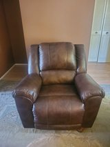 Brown Leather Electric Recliner Chair in Phoenix, Arizona