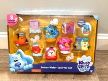 NEW SEALED IN BOX - Blue's Clues Deluxe Water Squirter Set Bath and Pool Toys. 8 Figures included! in St. Charles, Illinois