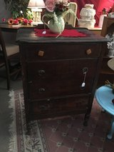 Antique check of drawers in Alamogordo, New Mexico