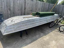 14 foot flat bottom johnboat in Fort Campbell, Kentucky