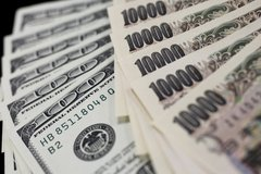 Looking to purchase Yen in Okinawa, Japan