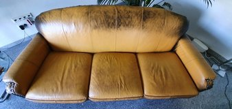 2 sits couch and 3 sits couch leather in Ramstein, Germany