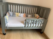 American Size Crib from Babyletto in Grey in Wiesbaden, GE