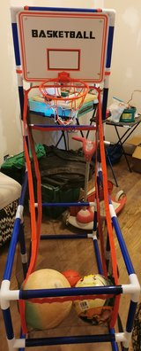 Basketball hoop with net in Alamogordo, New Mexico