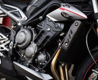 TRIUMPH 2017 (Acquired 2018) Triumph Street Triple RS (Top of the Line) in Okinawa, Japan