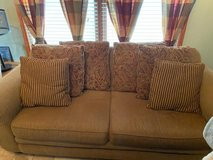 3 piece living room set in Naperville, Illinois