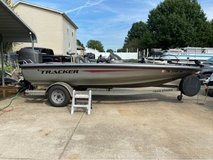 2002 AVALANCHE ALL [ALUMINUM .BASS BOAT] in Fort Campbell, Kentucky