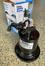 Flotec 1/4HP Utility Pump in Naperville, Illinois
