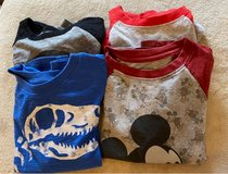 Boy's Size 5T Tops in Naperville, Illinois