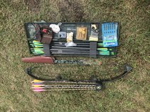 Bear Whitetail Compound Bow in Camp Lejeune, North Carolina