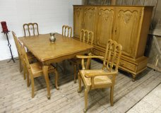 Antique Beligum 100% Solid Oak Highboard Diningroom Table with 6 Chairs in Ramstein, Germany